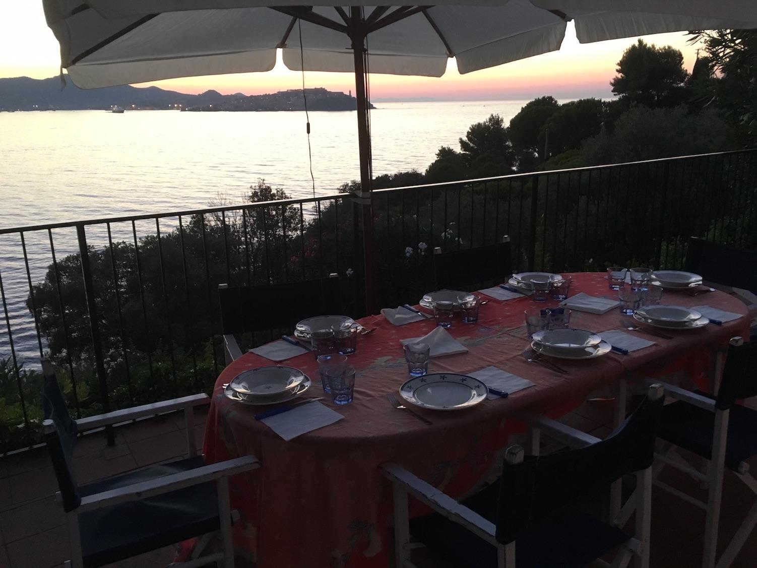 Casa-Tramonto-Terrasse-Meerblick-Segelzentrum-Elba