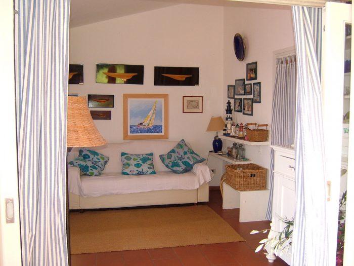 Casa-Tramonto-Wohnzimmer-Segelzentrum-Elba